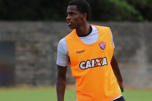 0b4a2ef33d95f Atlético MG anuncia contratação de Denílson e quer José Welison ...